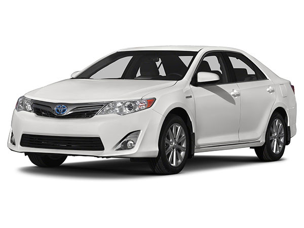 proimages/wedding/2014-Toyota-Camry-Hybrid-Sedan-LE-4dr-Sedan-Photo-17.jpg